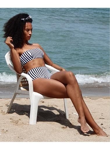 Deep Beach Metraj Kaplı Straplez Bikini Üstü Renkli